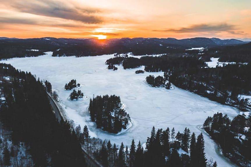 Droneflyvning om vinteren udvalgt