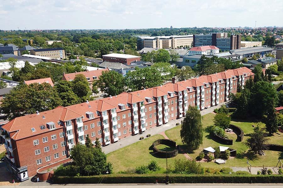 Langelandshus, fra drone til væg, print drone billede