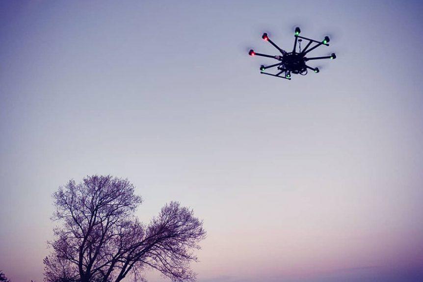 Stor drone dji S1000 aften